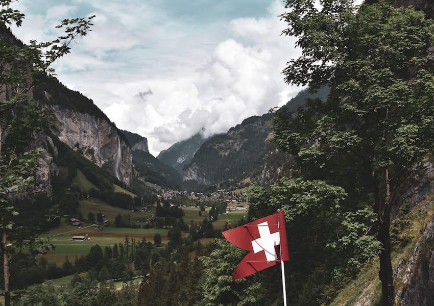 Territorio_SwissFlag_20190804